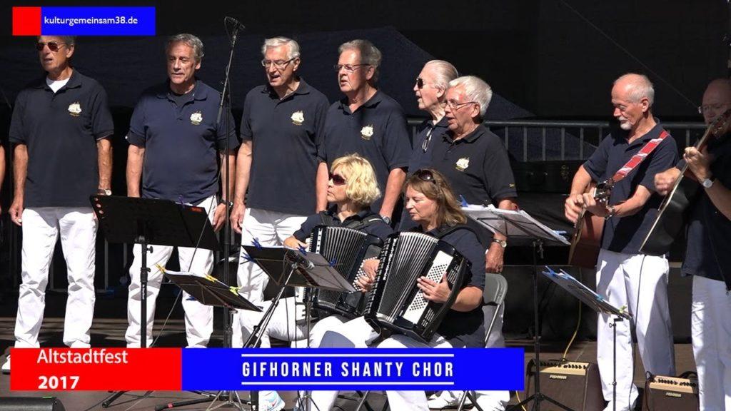 Gifhorner Shanty Chor auf dem Altstadtfest Gifhorn 2017